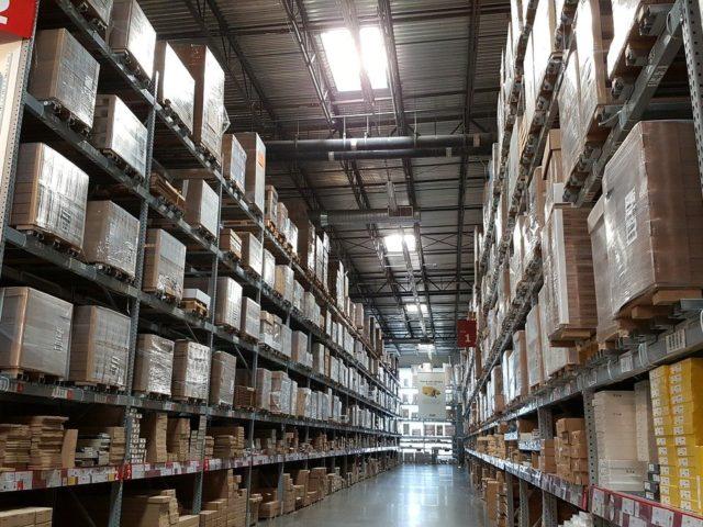 https://www.arcticfinch.com/wp-content/uploads/2020/07/warehouse-pic-4-640x480.jpg