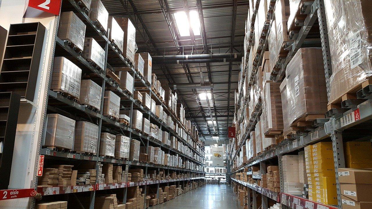 https://www.arcticfinch.com/wp-content/uploads/2020/07/warehouse-pic-4.jpg
